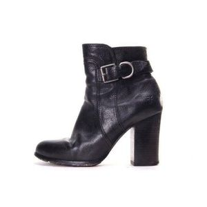 FRYE ankle boots heeled black leather zip up 7